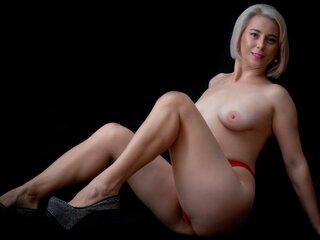 AmberDelya show fuck webcam