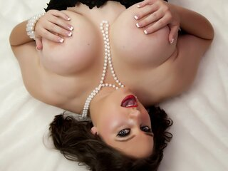 DiscretelyYours webcam shows hd